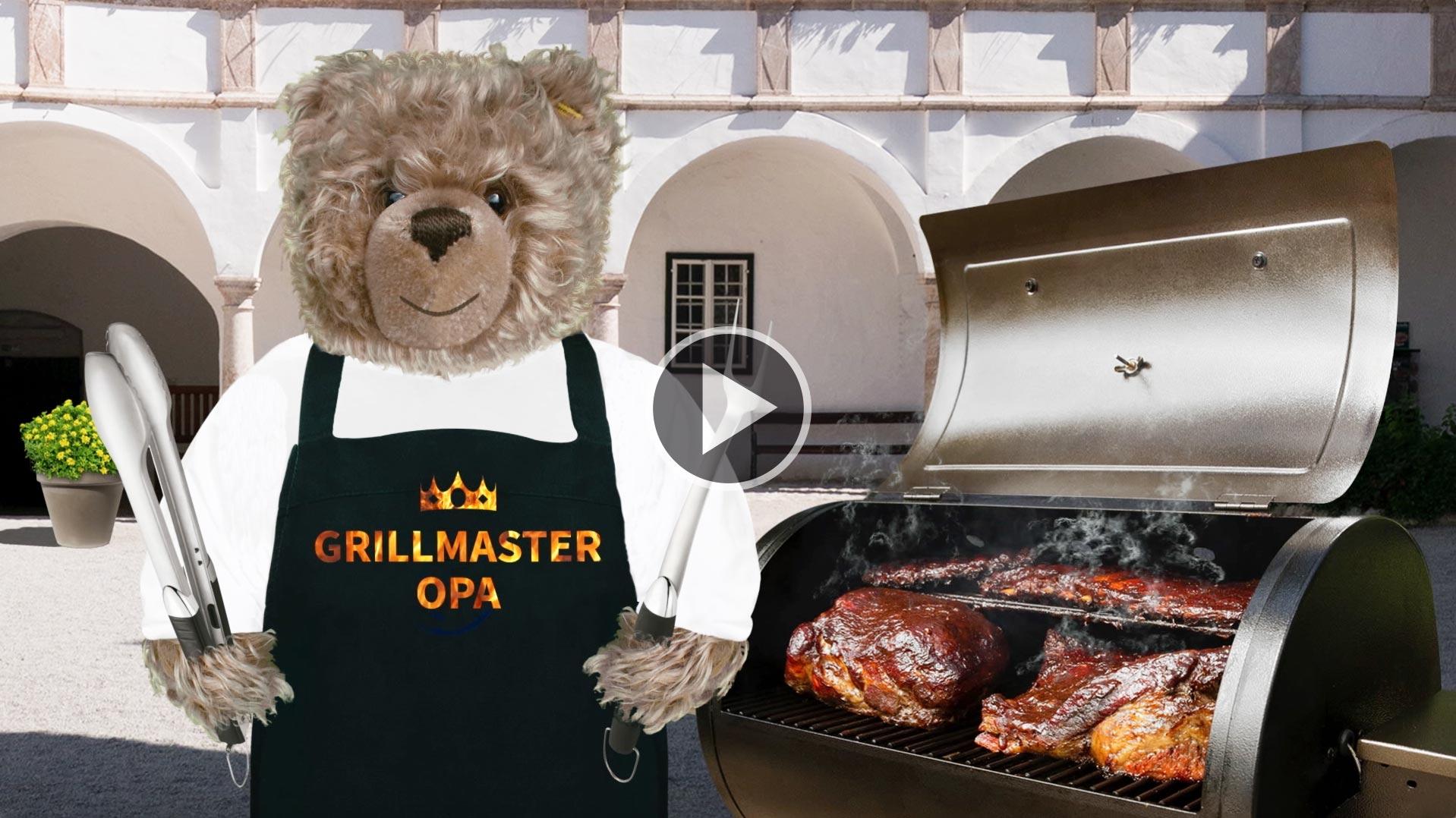 Teddy-König Opa beim Grillen