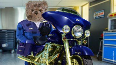 Teddy-König Opa und der Beginn der Motorradsaison