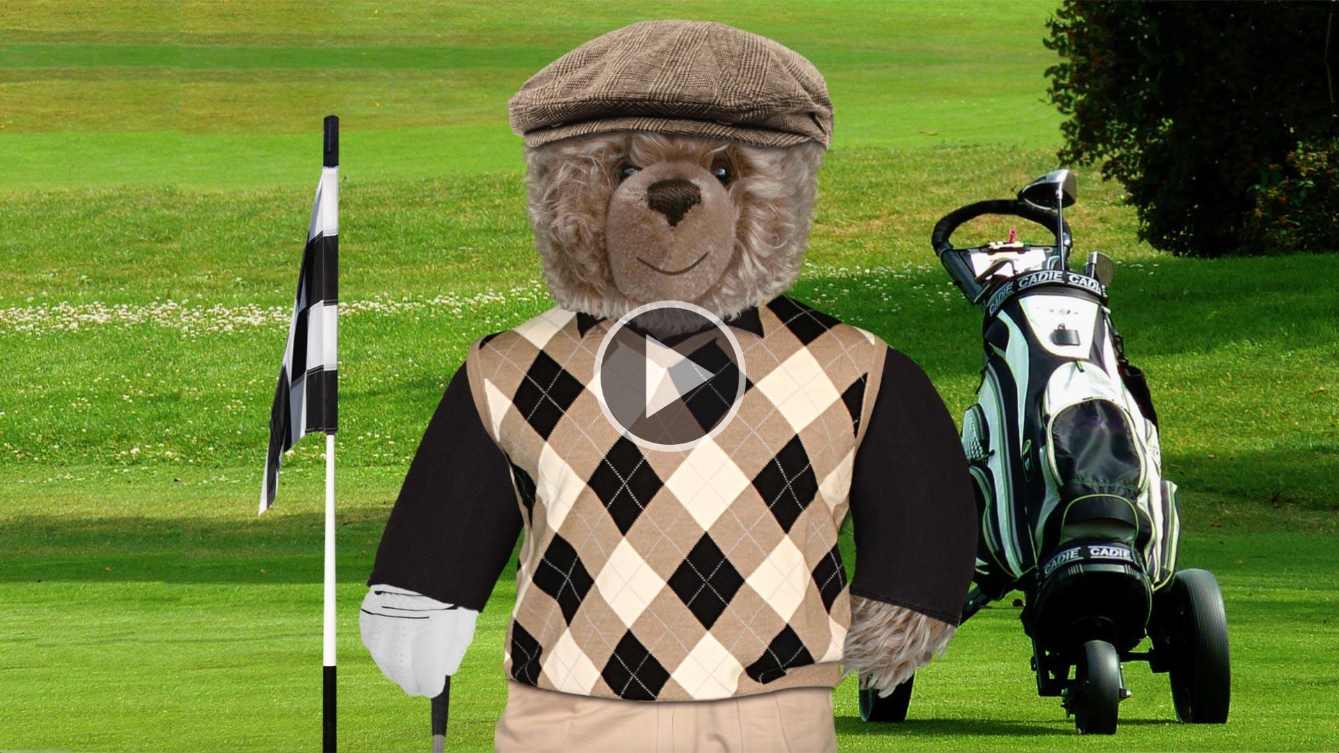 önig Opa auf dem Golfplatz