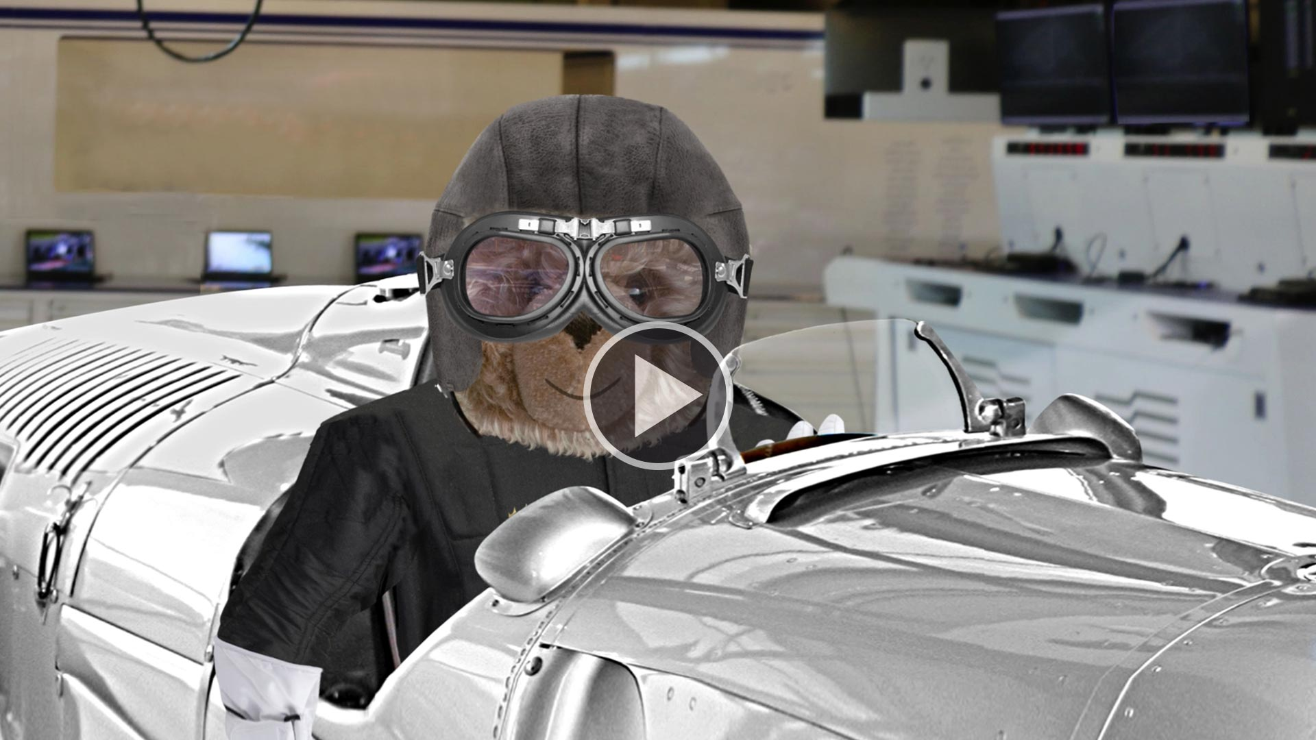Teddybär-König Opa bei der Formel 1