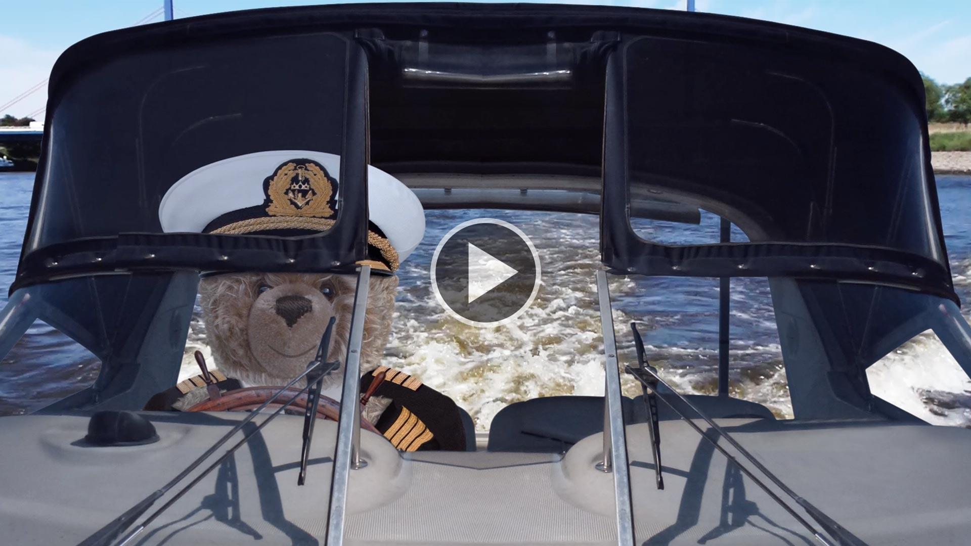 Teddybär-König Opa und die Bootstour