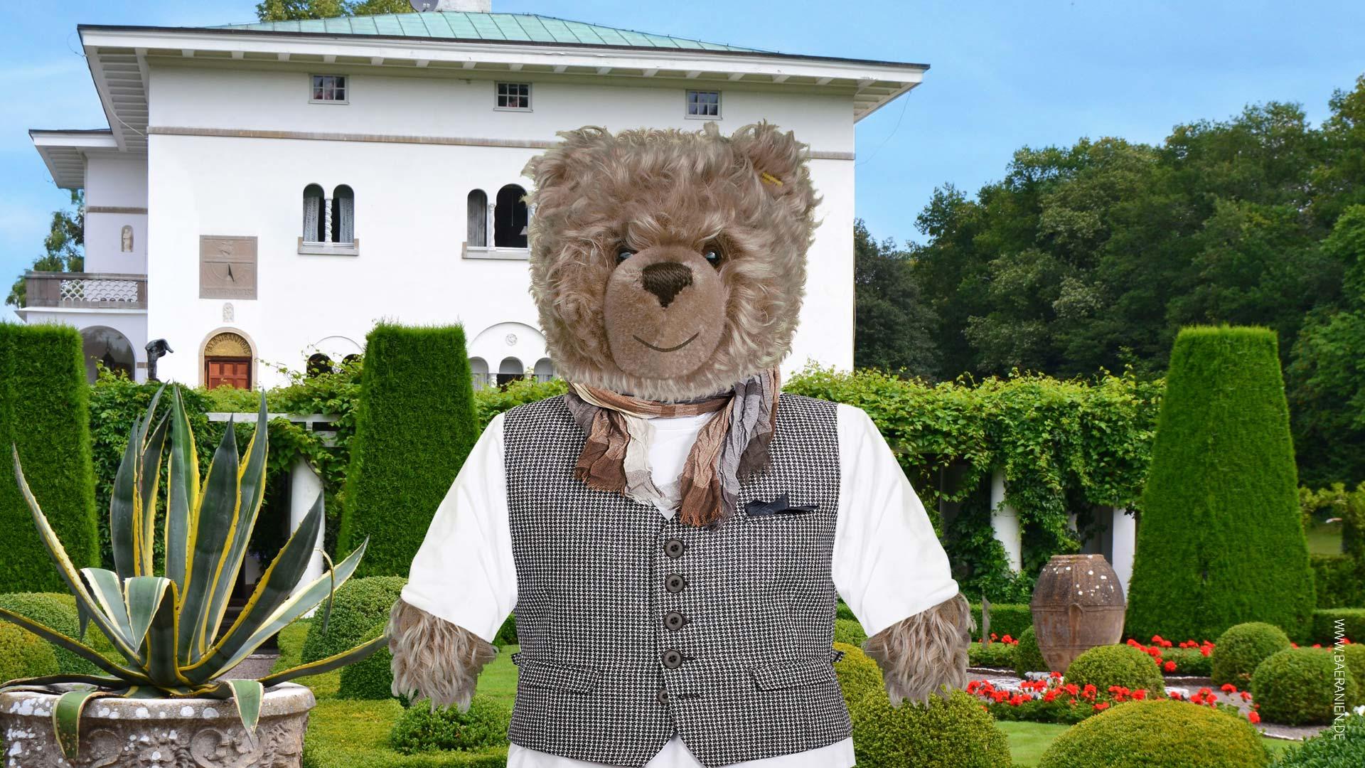 Teddy-König Opa zu Besuch auf Schloss Solliden beim schwedischen Königspaar