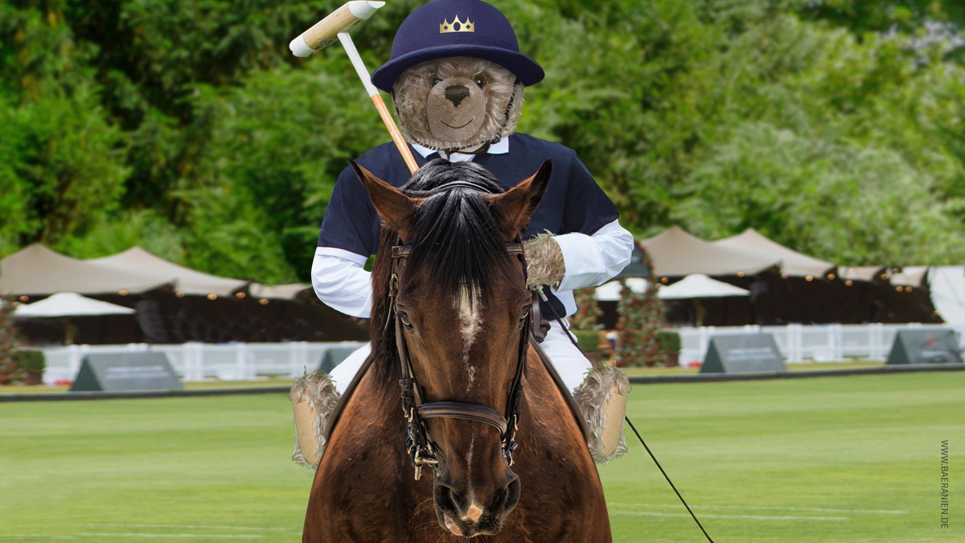 Teddy-König Opa I. beim Polo-Tunier