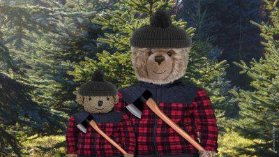 Weihnachtstanne schlagen von Teddy-König Opa und Kronprinz Dicky